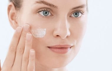 Acne scars   the consequences of acne   Eucerin 83695354ec6
