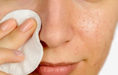 Removing your make-up helps to prevent blemishes and acne